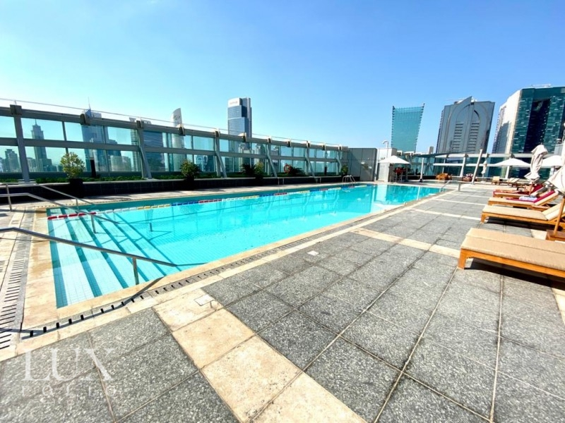 Jumeirah Living  Exquisite Fully Furnished Duplex